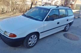 Opel Astra F karavan benzin 1.4 60 kw
