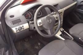 Opel Astra 1.4 2008god