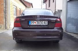 Opel Vektra 1.8 dizna plin redizajn 2.000.god.ful.