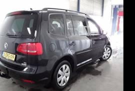 VW TOURAN 1.6 TDI