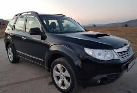 Subaru Forester AWD 2.0