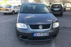 VW TOURAN 2.0 TDI ✓