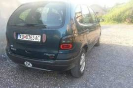 Renault Megane Scenic 2.0 8v 1998 god. moze zamena