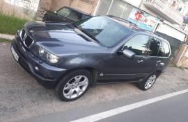 BMW X5 3.0d 2004 godina
